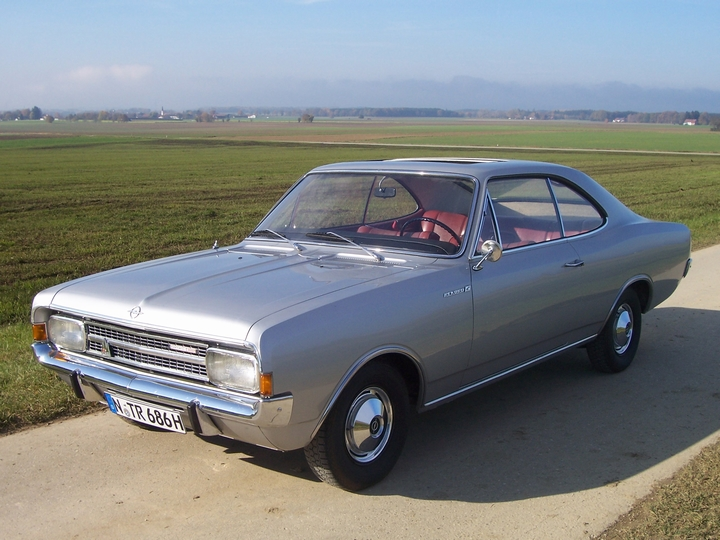 Oldtimer mieten Opel Rekord C Coupe Phillipp
