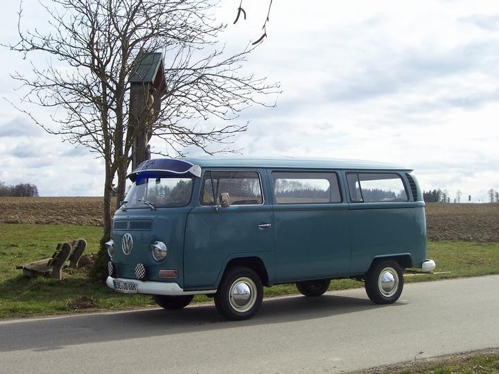 VW Bus T 2 a Fridolin